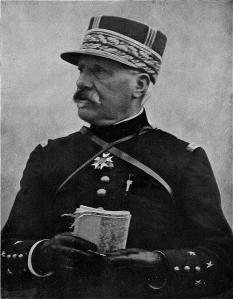 le général De Castelnau
