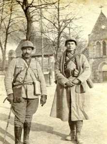 Février 1917. A Suippes le lieutenant Raffestin et Montel (photo Georges Gras)