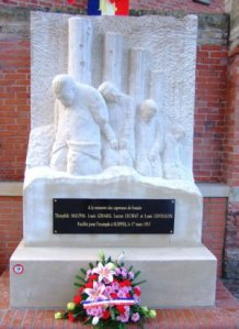 monument_caporaux01-88990