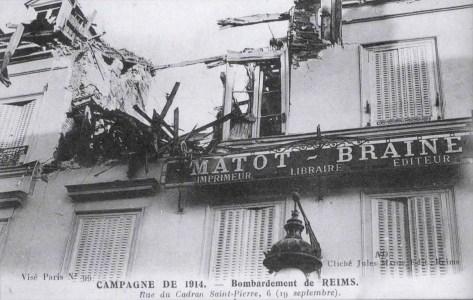 La façade du journal Matot-Braine bombardé le 19 septembre 1914