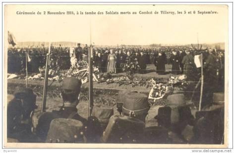 Soldats morts aux Cérémonie du 2 novembre 1914 à la tombe des morts au Combats de Villeroy 5 et 6 septembre 1914 -