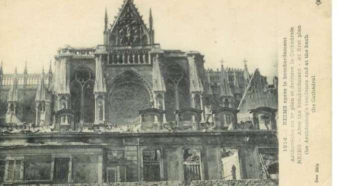 373/journal du12 août 1915: inventaire sur l'état de la cathédrale de Reims