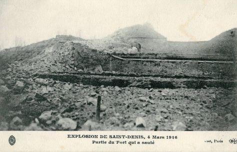 1024px-Double-Couronne_de_Saint-Denis_-Explosion_du_4_Mars_1916_-_Partie_du_Fort_qui_a_sauté