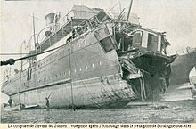 220px-Ferry_%22Sussex%22_torpedoed_1916