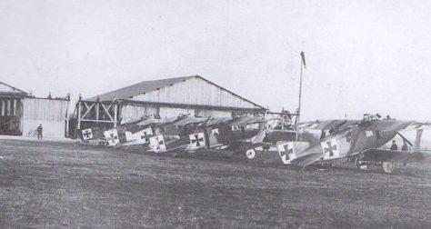 Atlas Aisne - terrain de Sissonne en mars 1917 © Anciens aérodromes