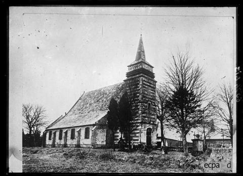 967/27mars 1917: les destructions du patrimoine en Picardie vues par la Section photographique et cinématographique de l'armée
