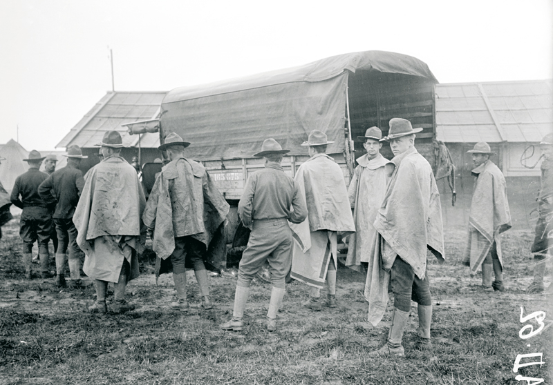 ... Pershing et du général français Étienne Pelletier f854fff8f
