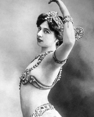1086/24 juillet 1917:Mata Hari condamnée à mort