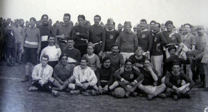 1120/27 août 1917:Pétain favorise d'une certaine façon le football dans les armées
