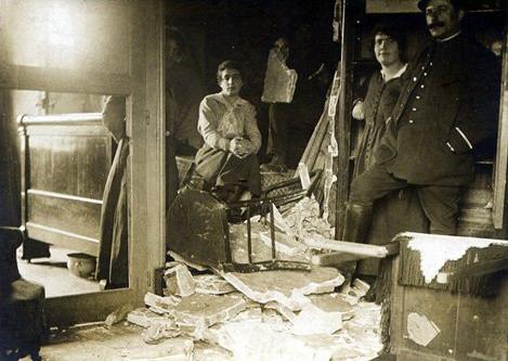 1279/2 février 1918: 2 millions d'obus explosent à la poudrerie de Moulins7