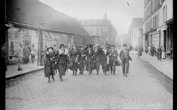 1325/20 mars 1918: Tours: des femmes en grève