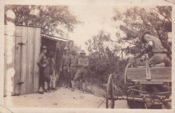 1296/19 février 1918: les Américains en Bretagne: source de profits ou de désordres