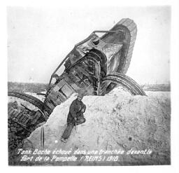 1398/1 juin 1918: Attaque de chars d'assaut à La Pompelle (Marne)