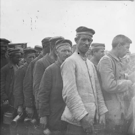 1410/13 juin 1918: le ministère de la guerre pas généreux avec les femmes