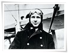 1414/17 juin 1918: les exploits de l'aviateur écossaisMick Mannock