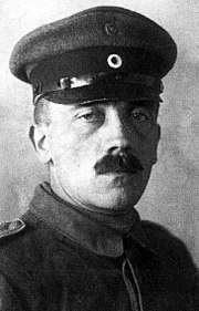 1533/13 octobre 1918: Hitler de retour en Flandres est gazé