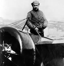 1525/5 octobre 1918: Roland Garros meurt lors d'un combat aérien près de Vouziers (Ardenne)