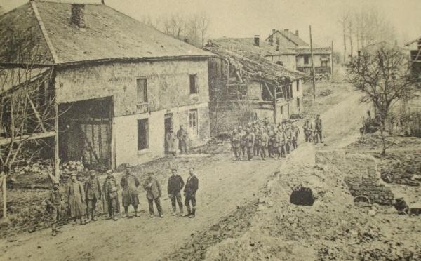 1510/20 septembre 1918: les chars d'assaut à la butte de Tahure (Marne )