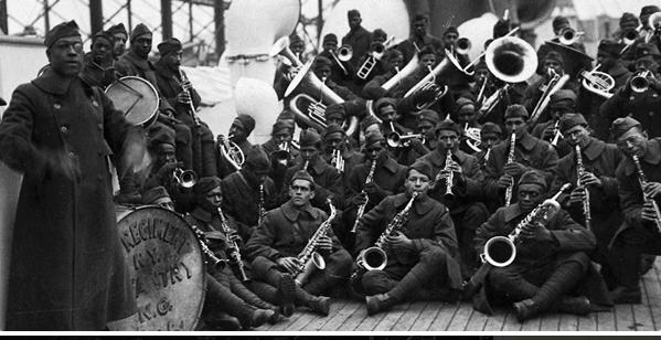 1599/18 décembre 1918: les Harlem Hellfighters (USA) interdit de parade à Paris